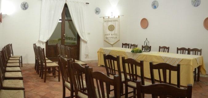 Una delle sale ristorante adibita a sala riunioni
