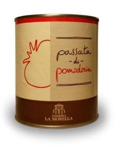 Passata di pomodorini prodotta presso l'Agriturismo La Morella