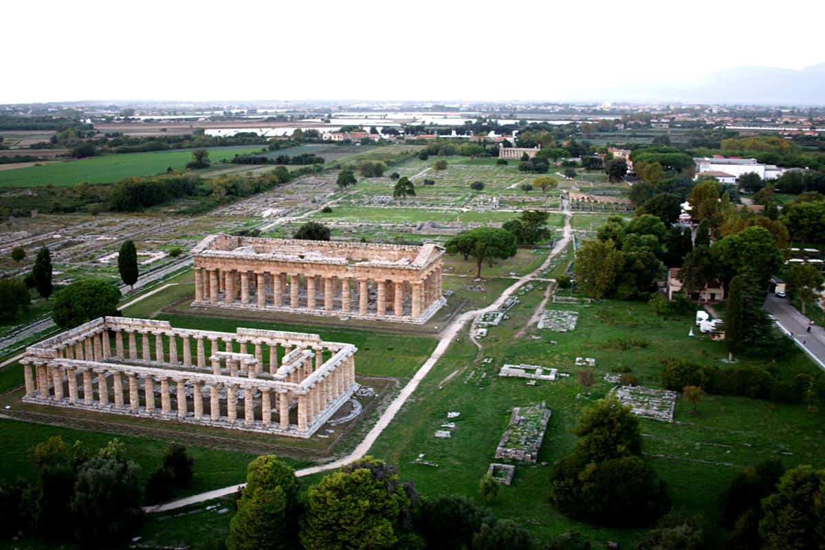 Per visitare i templi di Paestum scegli La Morella