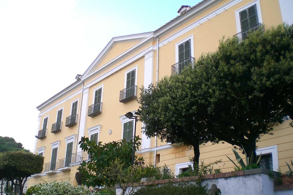 Villa Guariglia a Raito
